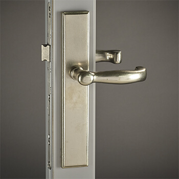 Bronze Hampton Lever with Rectangular Backplate in White Bronze
