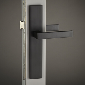 Meridian Lever with City Backplate in Flat Black